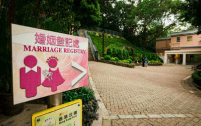 Cotton Tree drive –  Hong Kong's beautiful wedding location in the park brought closer